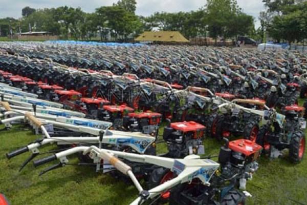 Yasti – Yanny Siapkan Bibit Pupuk dan 202 Traktor untuk Petani Bolmong Berita Bolmong