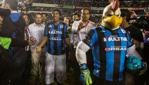 Persib Bandung Batal Rekrut Ronaldinho  Berita Olahraga