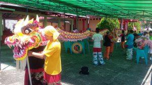 Persiapan di Klenteng Thian Shang Seng Mu Khung jelang Cap Go Meh esok.