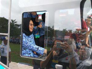 Tatong Bara kemudikan BRT