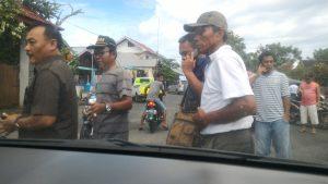 Juru Sita PN Kotamobagu, Tompikat Manoppo, dihadang pendukung Salihi Bue Mokodongan.