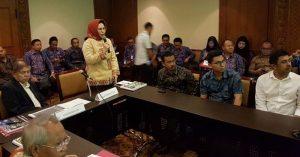 Walikota Tatong Bara Presentasikan Program Lingkungan Hidup Advertorial