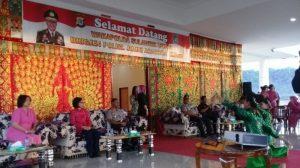 Pemkab Bolmong Jemput Wakpolda Sulut Secara Adat Advertorial