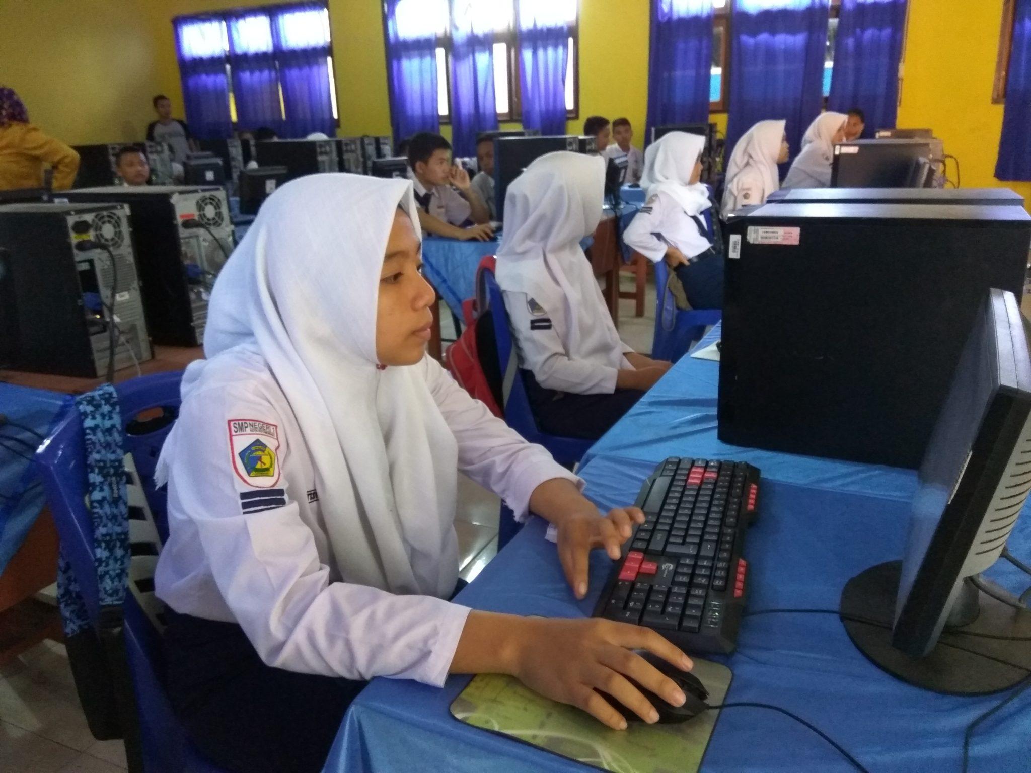 Persiapan UNBK, SMP Negeri di Kotamobagu Akan Dapat 20 Unit Komputer Berita Kotamobagu