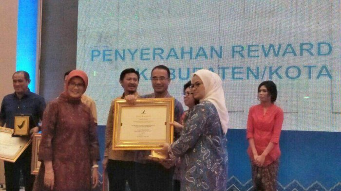 Kotamobagu Dapat Penghargaan dari BPOM Berita Daerah Berita Kotamobagu
