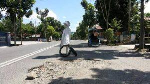 Rp700 Juta Dana Swakelola Tutup Jalan Berlubang Berita Daerah Berita Kotamobagu