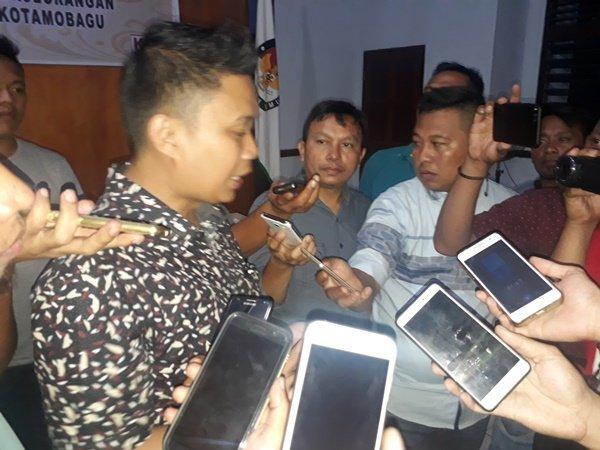 TBNK dan JaDi-Jo Gugat KPU ke Panwaslu, Ini Permintaan Mereka Berita Hukum Berita Politik