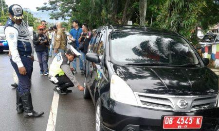 Parkir Sembarang di KTL, Dishub dan Satlantas Gembosi Roda Mobil Berita Daerah Berita Kotamobagu