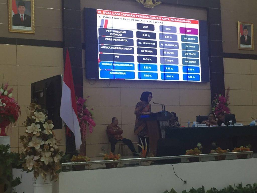 Walikota Paparkan Capaian 2017 di Rakorev Bersama Gubernur Berita Daerah Berita Kotamobagu