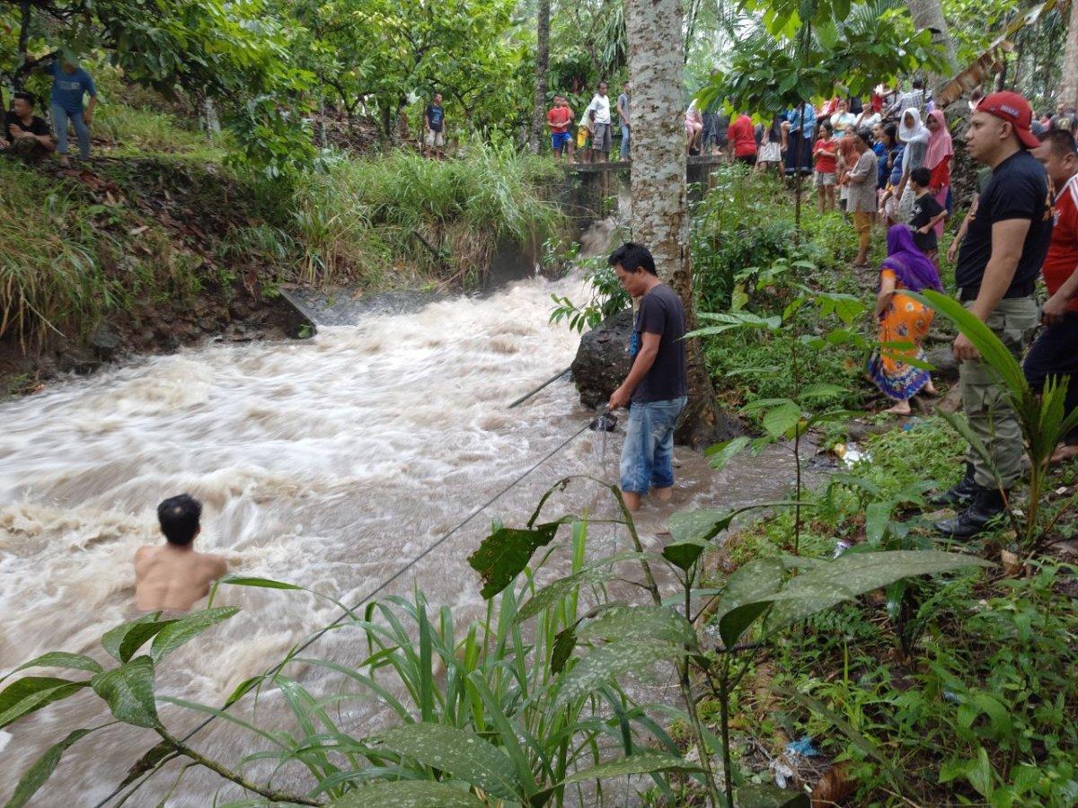 Daerah Kotamobagu  Korban Hanyut