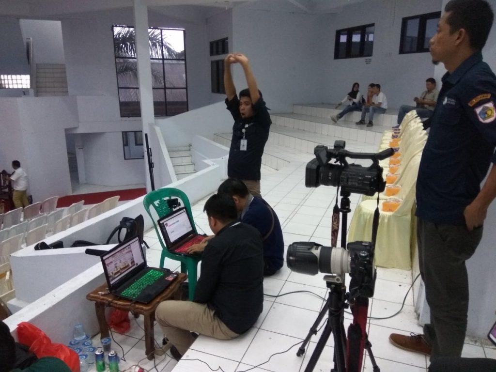 Ini Suasana Ruangan Debat Publik TBNK dan JaDi-Jo Berita Politik