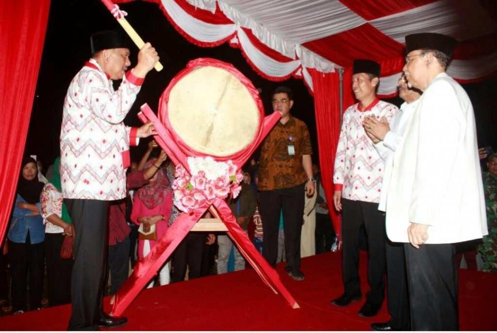 Wabup Dampingi Gubernur Buka MTQ ke- XXVII Tingkat Provinsi Advertorial