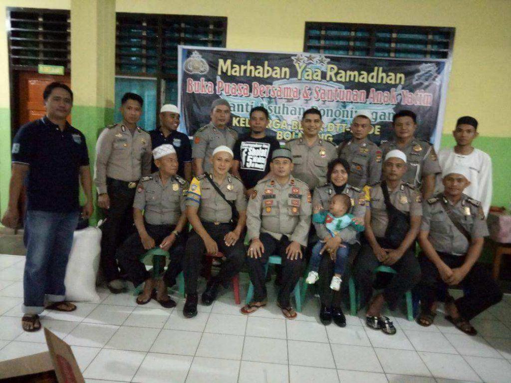 Anggota DTT-SMDE Polres Bolmong Buka Puasa Bersama Anak Panti Asuhan Berita Nasional