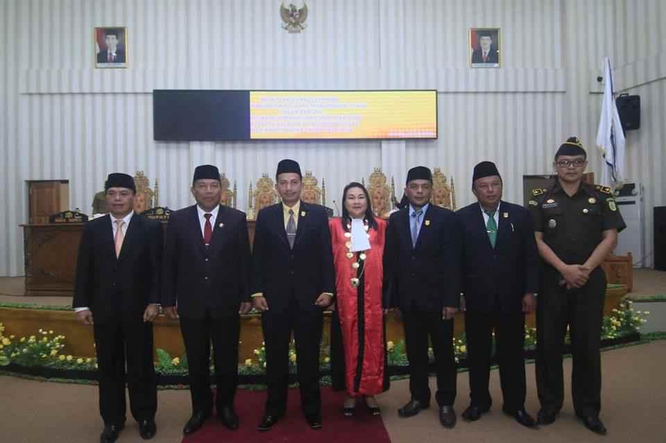Saiful dan Eba Resmi Dilantik Jadi Pimpinan DPRD Bolmut Advertorial