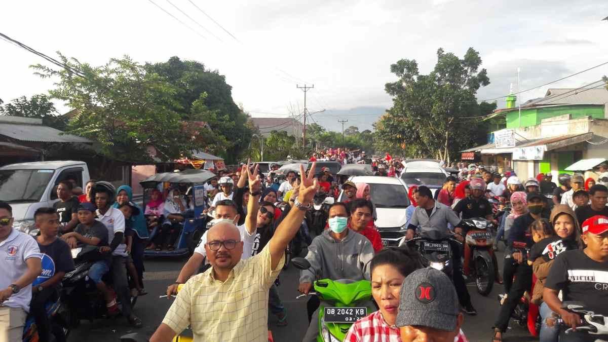 Sebar Pesan Damai, Ribuan Pendukung TBNK Gelar Konvoi Berita Politik
