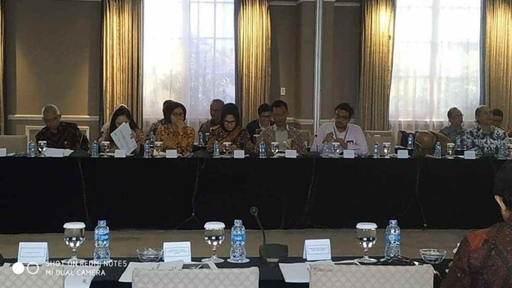 Satu- satunya Walikota di Indonesia yang Diundang,Tatong Bara Hadiri Lokakarya Pembangunan Infrastrukur di Istana Wapres Advertorial