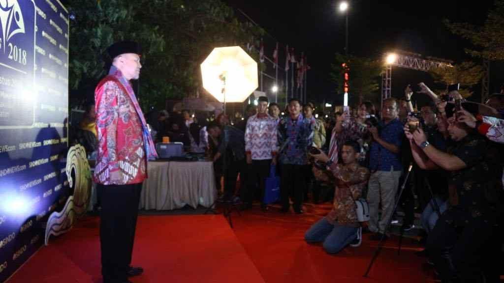 Budayakan Kehidupan Religius, Herson Mayulu Terima Penghargaan Pemimpin Inovatif Advertorial Berita Bolsel
