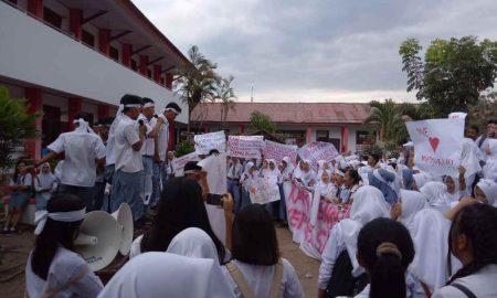 Ratusan Siswa SMA Negeri 2 Kotamobagu Kembali Gelar Demo Berita Kotamobagu Sulut