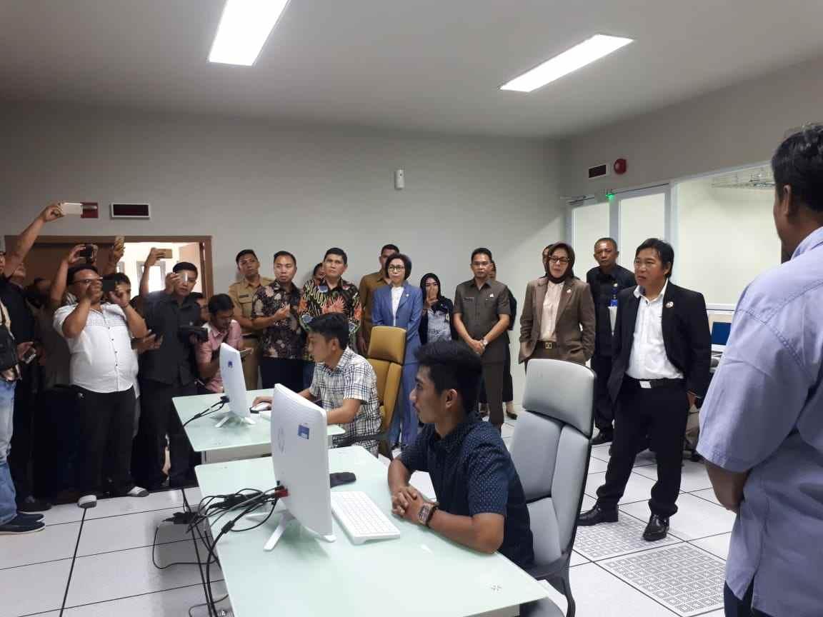 Yasti Terkesima dengan Data Center Milik Pemkot Kotamobagu Berita Bolmong