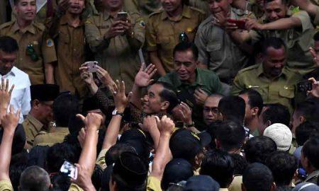 Selain Gaji Setara ASN, Jokowi Janjikan Perangkat Desa Dapat BPJS Berita Nasional