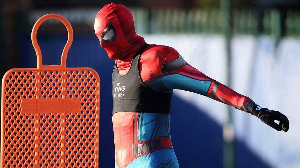 Spiderman Ikut Sesi Latihan Leicester City Berita Olahraga