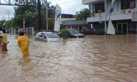 Manado Banjir, Banyak Warga BMR Terjebak Berita Daerah