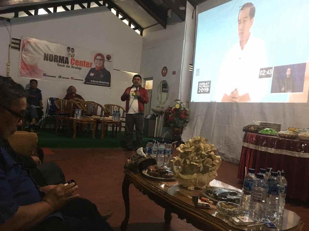 PDI Perjuangan Kotamobagu Gelar Nonton Bareng Debat Capres Berita Politik