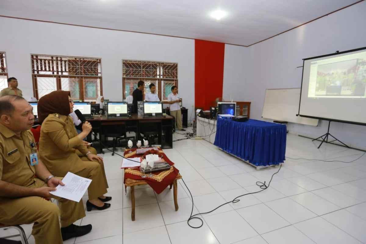 Buka UNBK, Tatong Video Conference dengan Gubernur dan Wagub Sulut Berita Kotamobagu