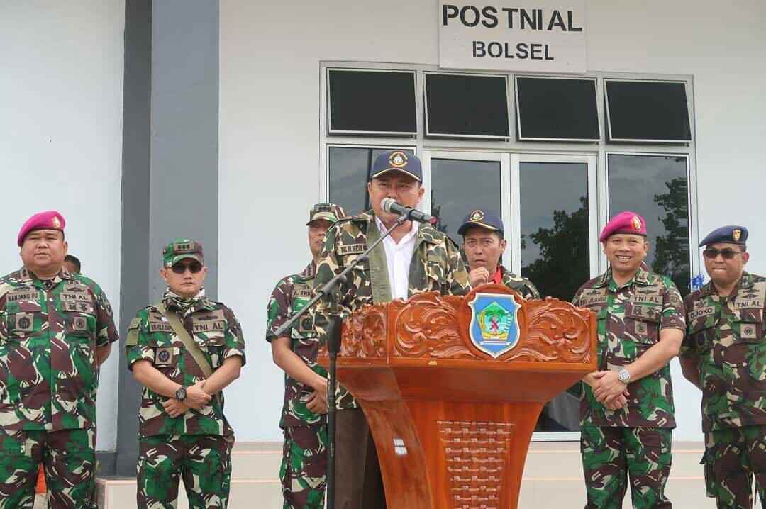 Herson Mayulu dan Iskandar Kamaru Jadi Warga Kehormatan Lantamal VIII Manado Advertorial Berita Bolsel