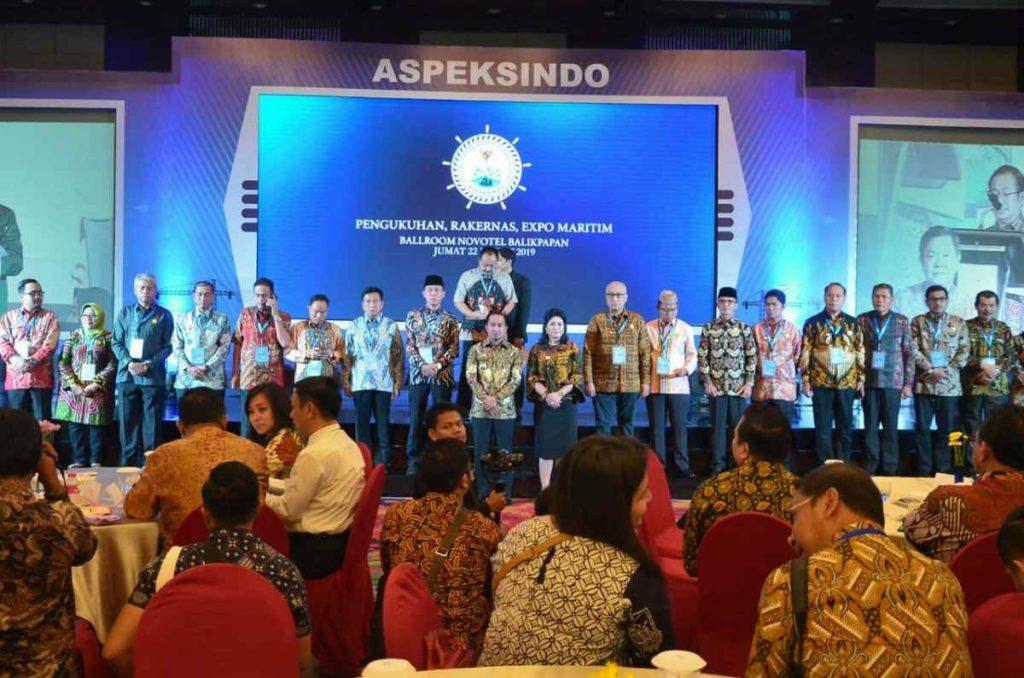 Kepala Staf Kepresidenan Kukuhkan Bupati Bolsel Waketum ASPEKSINDO Advertorial Berita Bolsel Berita Nasional Sulut