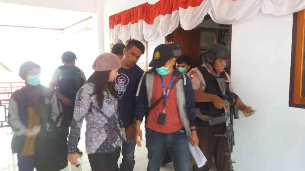 Foto Detik-detik Penangkapan Bupati Talaud oleh KPK Berita Nasional Sulut