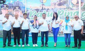 Depri Pontoh Buka festival Pesona Batu Pinagut 2019 Berita Bolmut