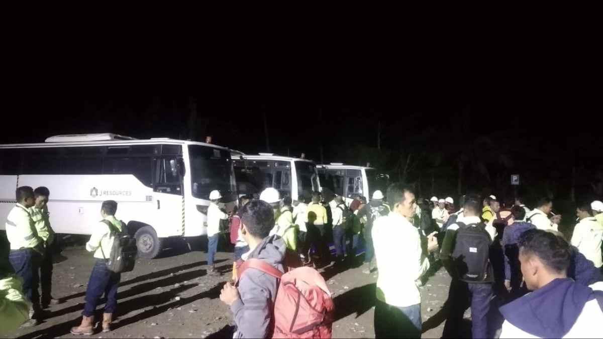 Bus PT JRBM Dilempar di Bakan, Satu Karyawan Pecah Bibir Berita Bolmong Berita Hukum