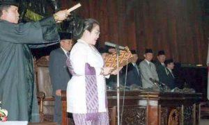 18 Tahun Lalu, Megawati Jadi Presiden Perempuan Pertama Opini