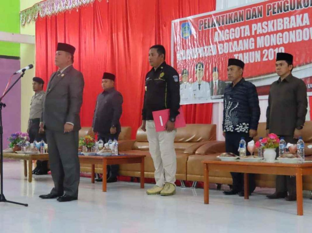 Dilantik dan Dikukuhkan Wakil Bupati, Paskibraka Bolsel Siap Laksanakan Tugas Berita Bolsel Berita Nasional Sulut