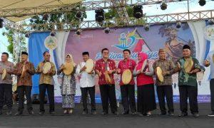 Tahlis Wakili Bupati Yasti Hadir di Fesbudjaton se-Indonesia Timur Berita Bolmong