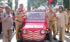 Jajal Mobil Listrik Buatan Siswa SMK Cokroaminoto Bersama OD-SK, Tatong Juga Dampingi Resmikan Proyek Berita Kotamobagu