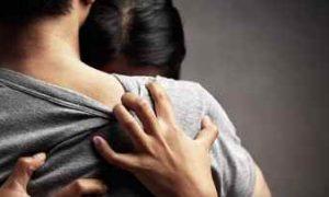 Suami Terjerat Kasus Hukum, Istri Berjuang Mengurus Tiga Anak Seorang Diri Berita Hukum
