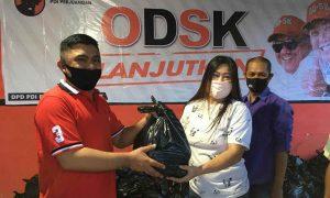 Mekal Silaturahmi dan Bagikan Paket Sembako untuk Ratusan Pengurus PDI Perjuangan Kotamobagu Berita Kotamobagu
