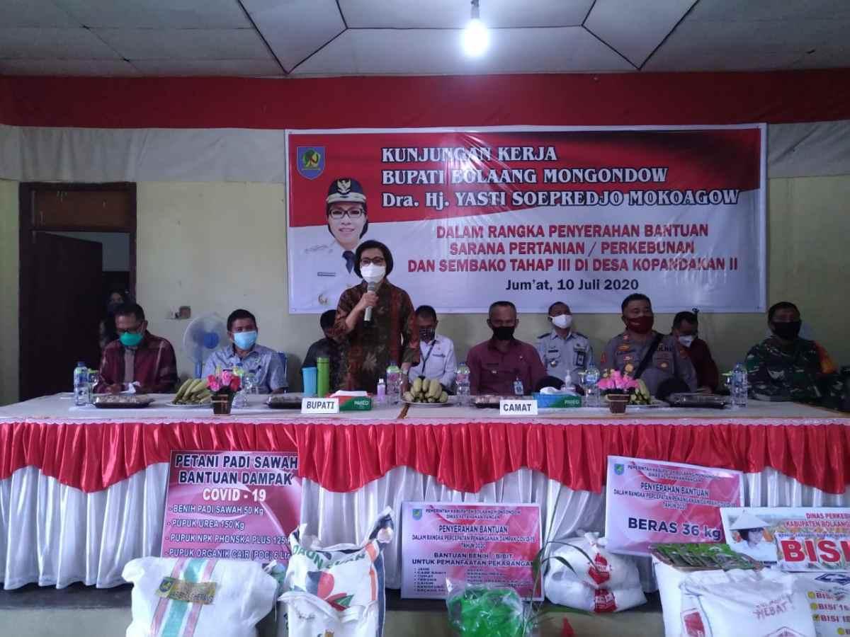 Salurkan Bantuan Sembako Tahap Tiga, Yasti: Rakyat Saya Tak Boleh Kelaparan Berita Bolmong