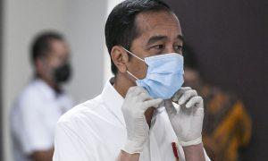 Jokowi: Vaksinasi Tetap Dilakukan Walau Bulan Ramadhan