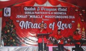 Ibadah Pra Natal Pemkab Bolmong Berlangsung Khidmat